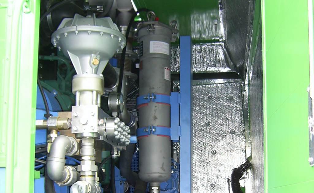 Detalle equipos alta y máxima presión vehículos construcción