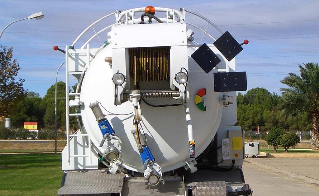Cisternas industriales para limpieza y alcantarillado