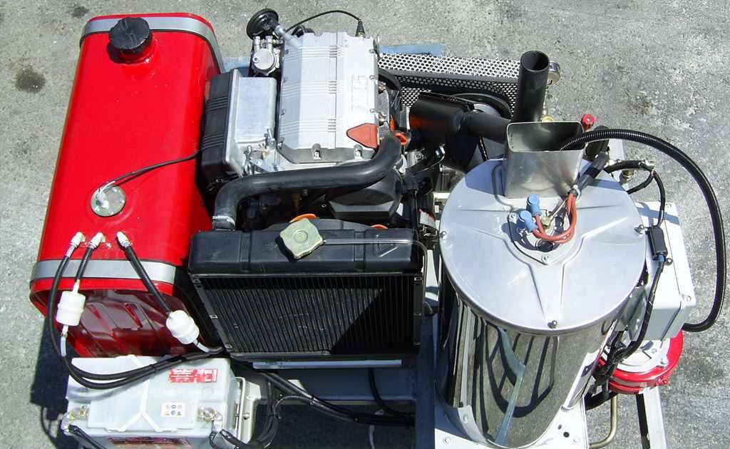 equipo hidrolimpiadora de alta presión para limpieza urbana modelos AG URVAN 240 y 215 HD